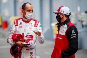 Robert Kubica, Alfa Romeo Racing C41, Kimi Raikkonen, Alfa Romeo Racing C41