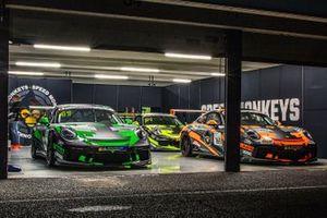 Porsche 718 Cayman GT4s in the Speed Monkeys garage