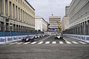 Nick Cassidy, Envision Virgin Racing, Audi e-tron FE07, Norman Nato, Venturi Racing, Silver Arrow 02 sur la grille de départ