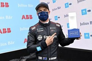 Pole man Nick Cassidy, Envision Virgin Racing, with his trophy