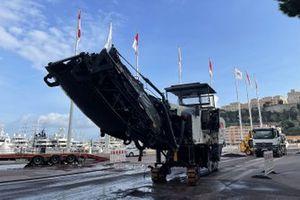 Monaco pitlane constructions