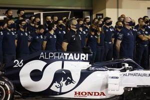 Masashi Yamamoto, General Manager, Honda Motorsport, poses for an Alpha Tauri group photo