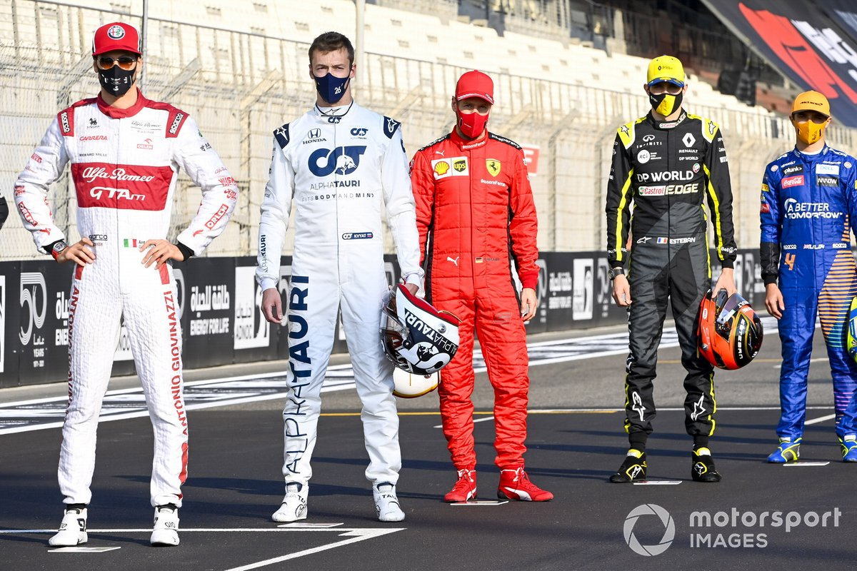 Foto de grupo de los pilotos al final de la temporada