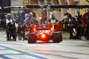 Kimi Raikkonen, Alfa Romeo Racing C41, comes in for a stop
