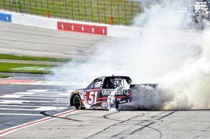 Yarış galibi Kyle Busch, Kyle Busch Motorsports, Toyota Tundra Cessna