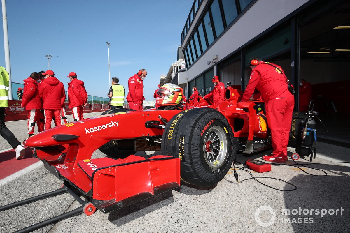 Dettagli della Ferrari F60