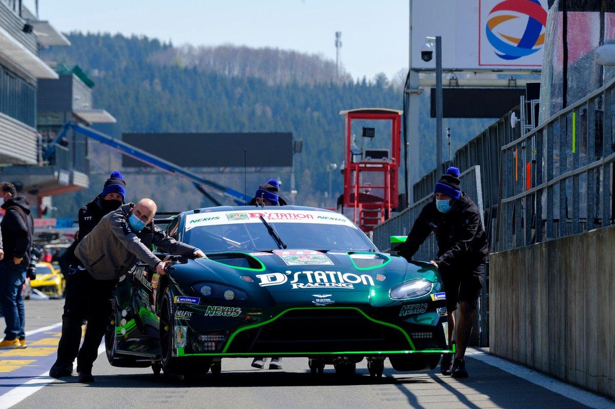 #777 D' Station Racing Aston Martin Vantage AMR: Satoshi Hoshino, Tomonobu Fujii, Andrew Watson