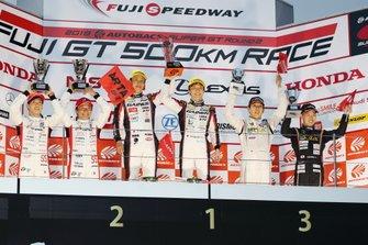 スーパーGT第2戦GT300クラス表彰式