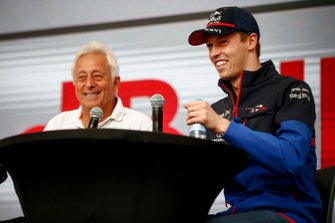 Daniil Kvyat, Toro Rosso on stage in the fan zone
