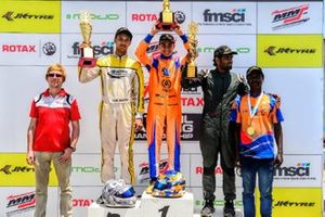 Race winner Shahan Ali Moshin second placed Manav Sharma, third placed Bala Prasath
