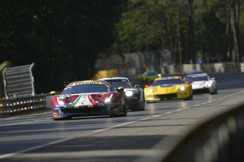 Ferrari 488 GTE EVO №71 AF Corse: Сэм Бёрд, Давиде Ригон, Мигель Молина