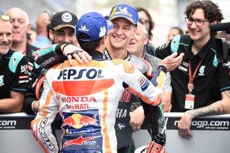 Derde plaats Marc Marquez, Repsol Honda Team, polesitter Fabio Quartararo, Petronas Yamaha SRT
