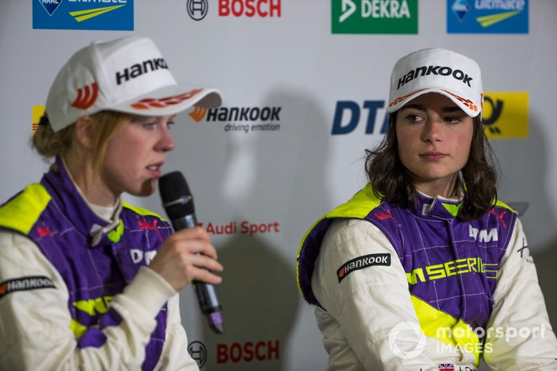Alice Powell and Jamie Chadwick in the press conference