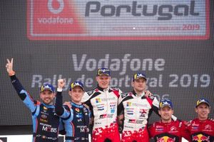 Thierry Neuville, Nicolas Gilsoul, Hyundai Motorsport Hyundai i20 Coupe WRC, Ott Tänak, Martin Järveoja, Toyota Gazoo Racing WRT Toyota Yaris WRC