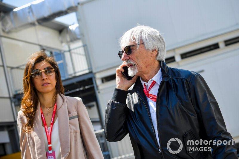 Bernie Ecclestone, presidente emérito de la Fórmula 1 y su esposa Fabiana