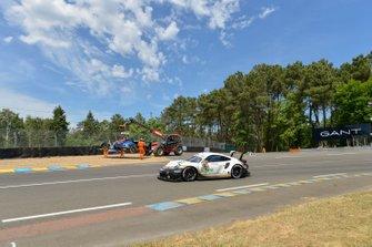 #92 Porsche GT Team Porsche 911 RSR, #37 Jackie Chan DC Racing Oreca 07-Gibson