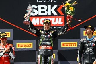 Podium: Race winner Jonathan Rea, Kawasaki Racing Team