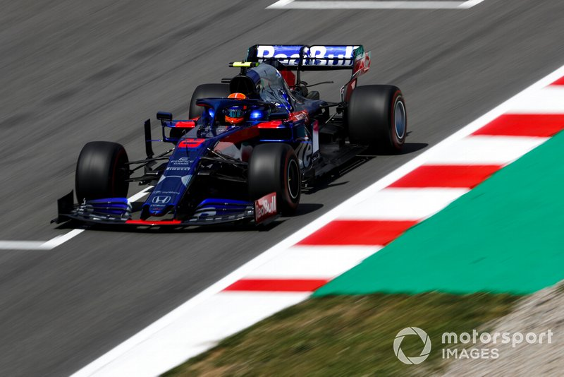11: Alexander Albon, Toro Rosso STR14, 1'17.445