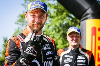 Победители Алексей Лукьянюк и Алексей Арнаутов, Saintéloc Racing
