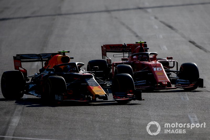 Charles Leclerc, Ferrari SF90, Pierre Gasly, Red Bull Racing RB15