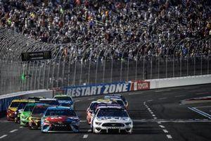 Clint Bowyer, Stewart-Haas Racing, Ford Mustang Toco Warranty, Kyle Busch, Joe Gibbs Racing, Toyota Camry M&M's Hazelnut