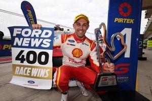 Le vainqueur Anton de Pasquale, Dick Johnson Racing Ford