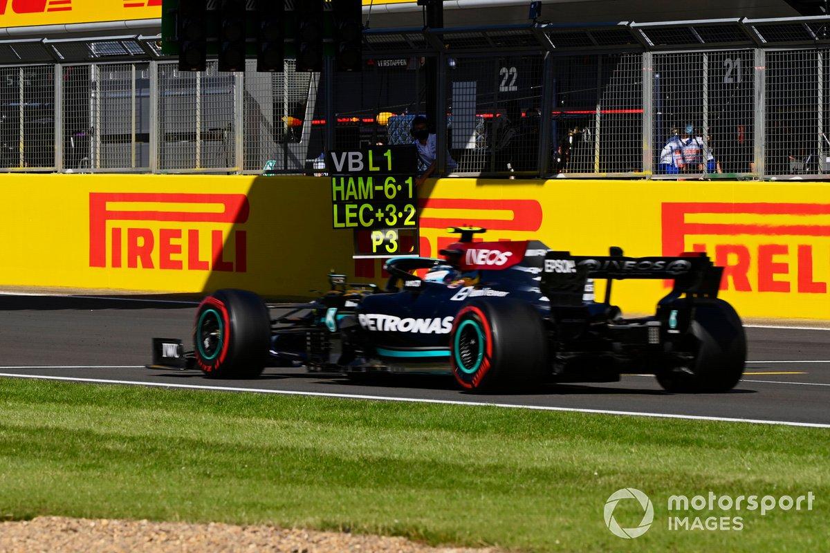 Valtteri Bottas, Mercedes W12, sorpassa pit board