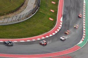 Brad Keselowski, Team Penske, Ford Mustang Thomas Built Buses and Erik Jones, Richard Petty Motorsports, Chevrolet Camaro Black Entrepreneur Initiative