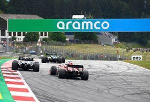 Lance Stroll, Aston Martin AMR21, Valtteri Bottas, Mercedes W12, and Charles Leclerc, Ferrari SF21