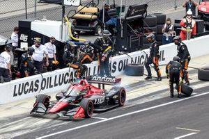 Juan Pablo Montoya, Arrow McLaren SP Chevrolet, pit stop