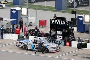Johnny Sauter, ThorSport Racing, Toyota Tundra Vivitar/RealTree