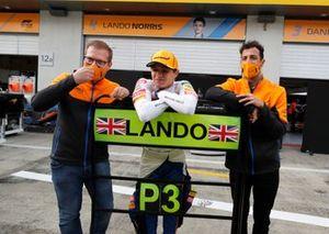 Andreas Seidl, Team Principal, McLaren, Lando Norris, McLaren, 3rd position, andDaniel Ricciardo, McLaren , celebrate with the McLaren team after the race