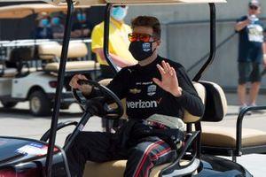Will Power, Team Penske Chevrolet, waves to fans