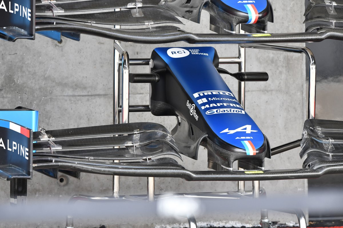 Alpine A521 new front wing and cape detail