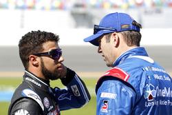 Darrell Wallace Jr., Roush Fenway Racing Ford en Elliott Sadler, JR Motorsports Chevrolet