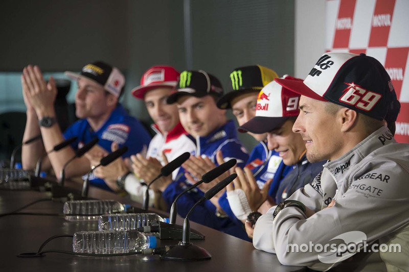 Nicky Hayden announces his retirement during the press conference