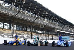 Scott Dixon, Chip Ganassi Racing, Honda; Ed Carpenter, Ed Carpenter Racing, Chevrolet; Alexander Ros