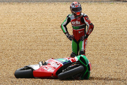 Sam Lowes, Aprilia Racing Team Gresini after crash
