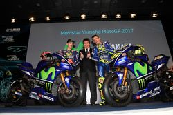 Valentino Rossi, Yamaha Factory Racing, Maverick Viñales, Yamaha Factory Racing, Kouichi Tsuji, Moto