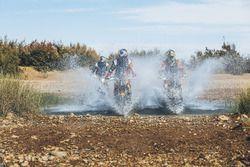 Matthias Walkner, Red Bull KTM Factory Racing; Toby Price, Red Bull KTM Factory Racing; Sam Sunderla