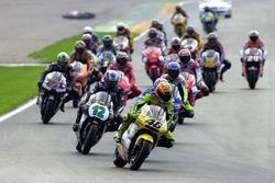 Start: Valentino Rossi, Honda, führt