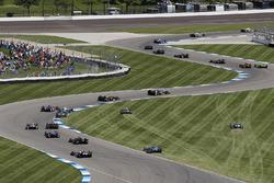 Will Power, Team Penske Chevrolet, Helio Castroneves, Team Penske Chevrolet, start, crash