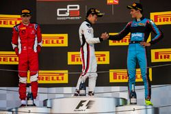 Podium: race winner Nirei Fukuzumi, ART Grand Prix, second place Leonardo Pulcini, Arden Internation