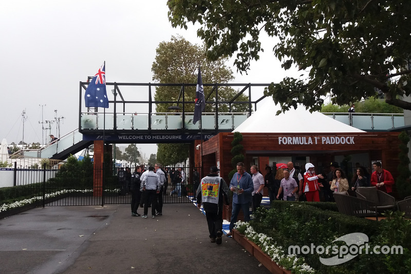 Gerbang paddock Albert Park