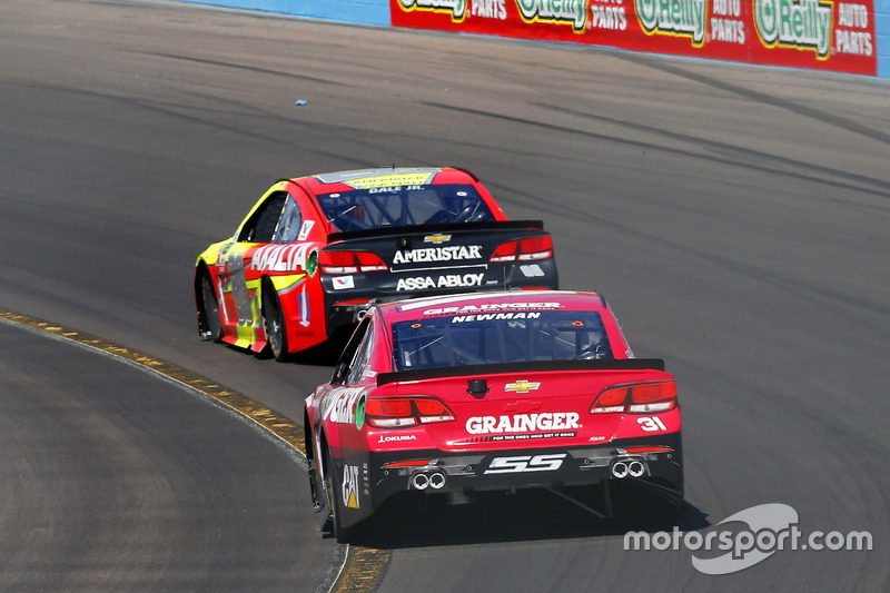 Ryan Newman, Richard Childress Racing Chevrolet y Dale Earnhardt Jr., Hendrick Motorsports Chevrolet