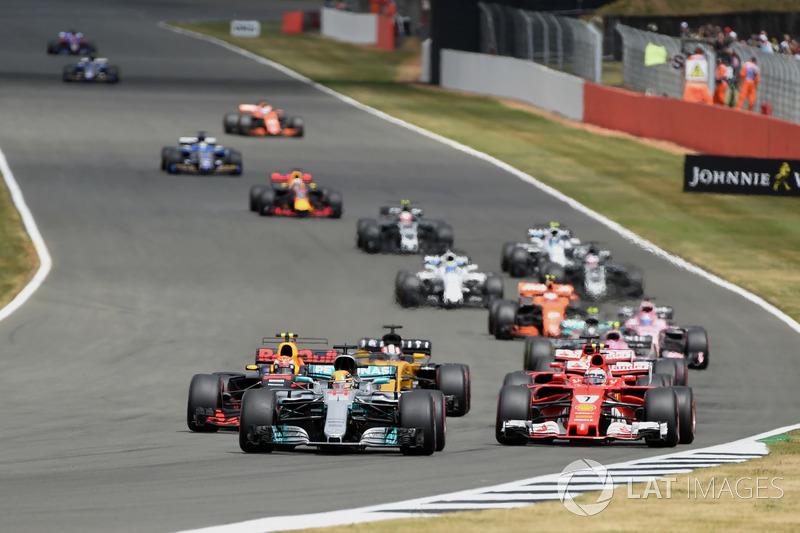 Старт гонки: Льюис Хэмилтон, Mercedes F1 W08
