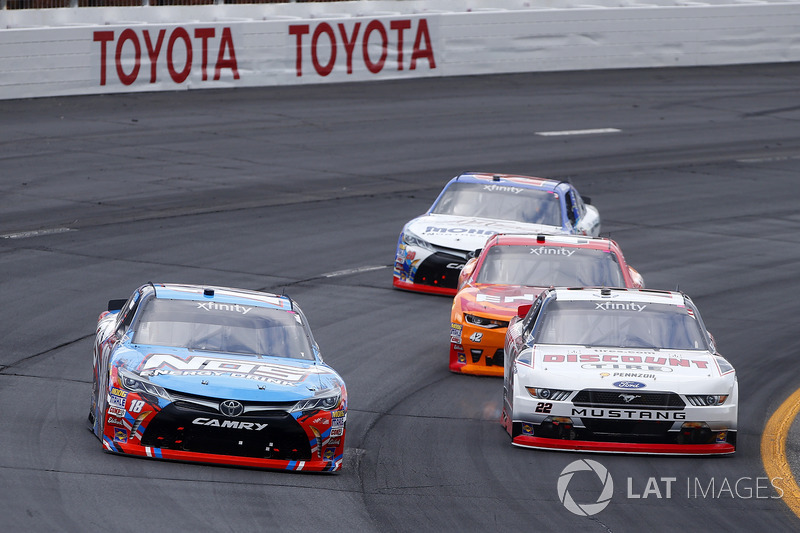 Kyle Busch, Joe Gibbs Racing Toyota, Brad Keselowski, Team Penske Ford, Kyle Larson, Chip Ganassi Racing Chevrolet, Ryan Preece, Joe Gibbs Racing Toyota