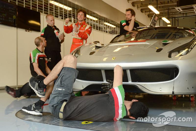 #51 Spirit of Race Ferrari 488 GT3