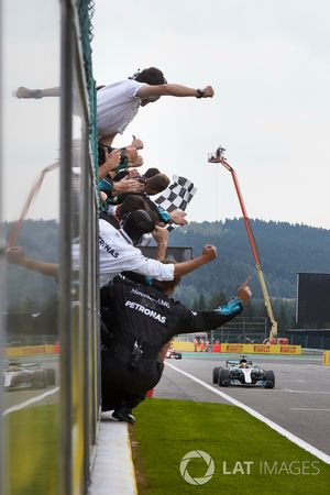Lewis Hamilton, Mercedes AMG F1 W08, race winner, crosses the line for victory