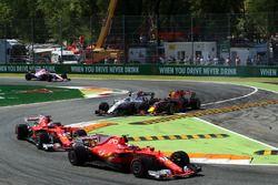 Kimi Raikkonen, Ferrari SF70H, Sebastian Vettel, Ferrari SF70H, Max Verstappen, Red Bull Racing RB13